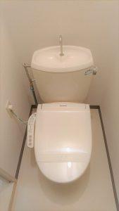 F101 トイレ